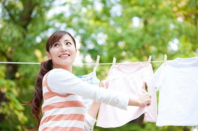 5 tuyệt chiêu giặt đồ bằng máy giặt không sợ nhăn