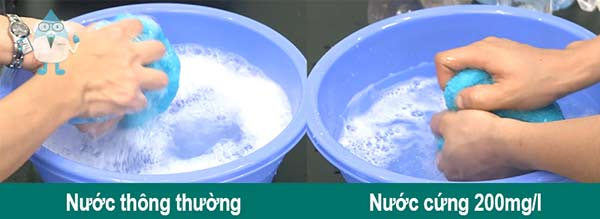 nuoc-cung-co-anh-huong-the-nao-den-may-giat