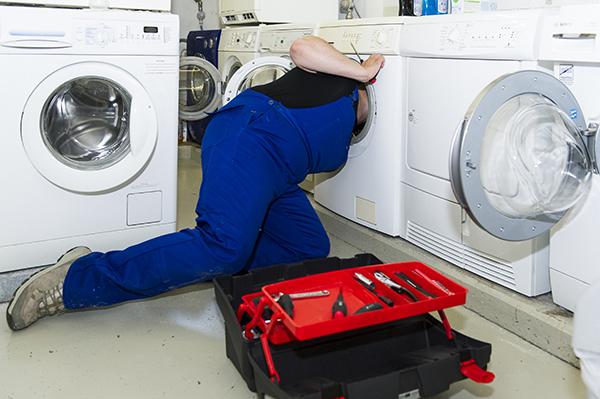 Tuyệt chiêu sửa máy giặt Electrolux không mở cửa