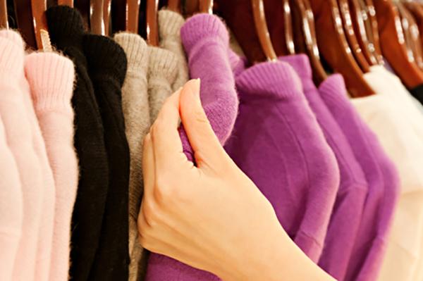 Cách giặt áo len bằng máy giặt đơn giản, bền màu