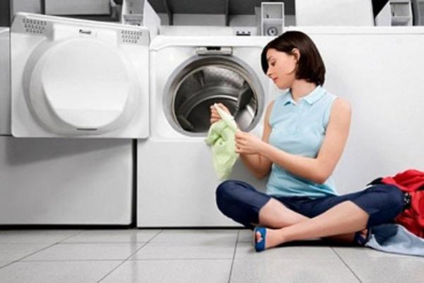 Máy giặt không vắt được? Nguyên nhân và cách khắc phục