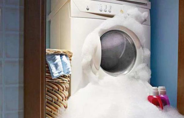 máy giặt bị trào bọt
